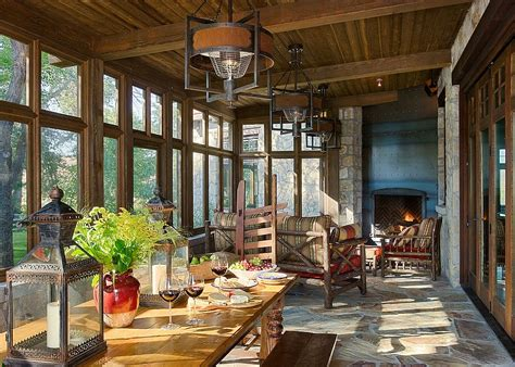 30 Cozy And Creative Rustic Sunrooms