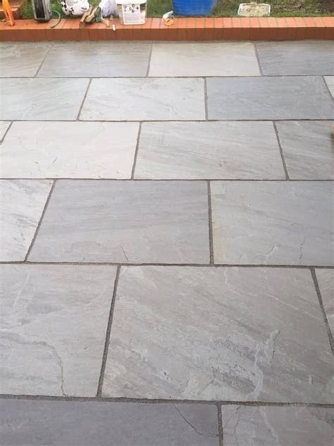 laying slate slabs laying slate tile floor images slate patio tiles tile design ideas freshdesain stone floor