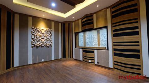 Ini contoh beberapa desain untuk pembuatan karaoke room dan studio musik. Desain Studio Musik Bapak Edi Berlokasi di Perum Alam Sutera - KontraktorStudioMusik.Com