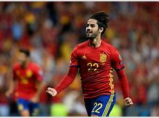 Everyone goes nuts for Real Madrid's Isco as Spain beat Italy