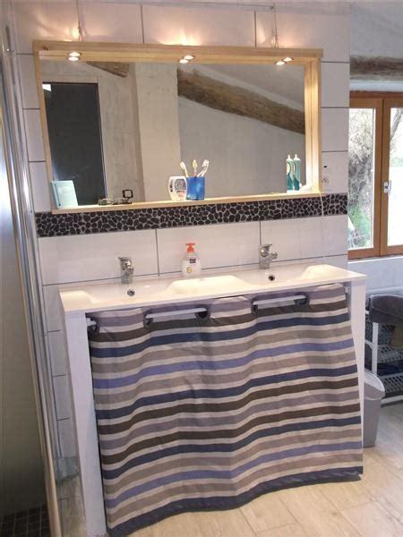 meuble à rideau pour cuisine utiliser meuble cuisine pour salle de bain chaios com