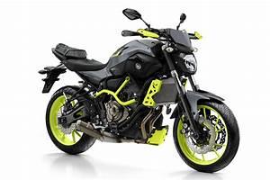 Moto Custom A2 : yamaha mt 07 moto cage 39 night fluo 39 revealed visordown ~ Medecine-chirurgie-esthetiques.com Avis de Voitures
