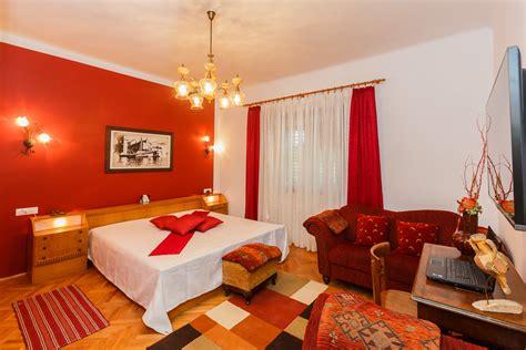 Big Apartments : Apartments Big Apartment, Kaštel Gomilica-srednja