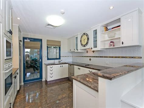 kitchens with islands kitchens image blues whites 359830 3576