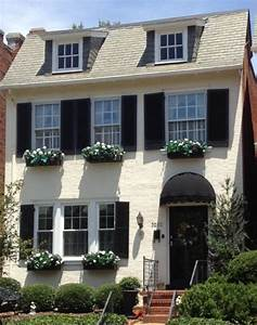 Richmond Fan Houses Home and Garden Bright Bold and