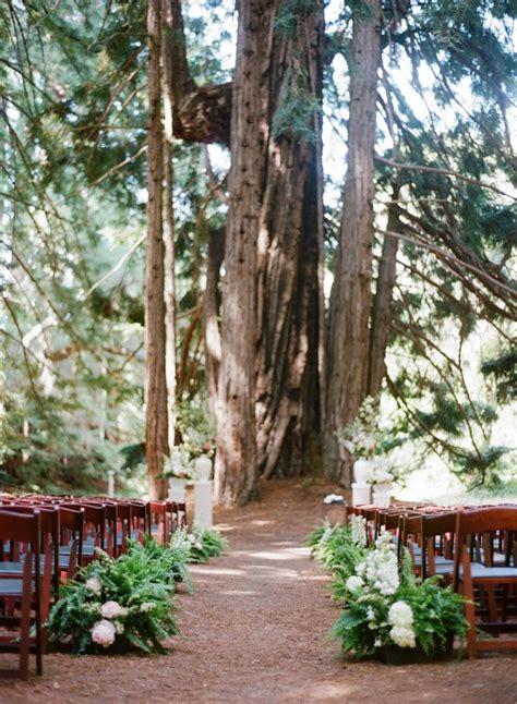 Decorating Weddings With Lush Green Fern