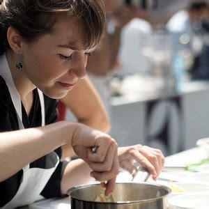 donner des cours de cuisine justine coubron cours de cuisine par une