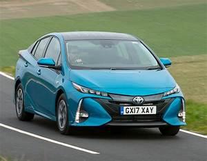 Toyota Prius Versions : toyota prius hybrid plug in phev road test wheels alive ~ Medecine-chirurgie-esthetiques.com Avis de Voitures