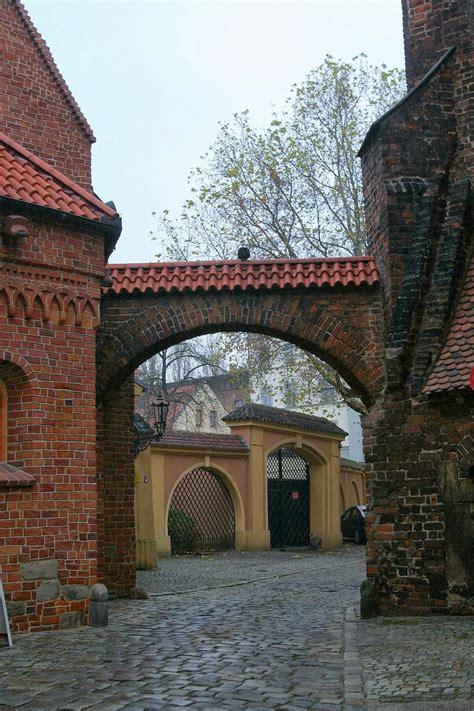 Z plecakiem i obiektywem: Wrocław - Brama Kluskowa
