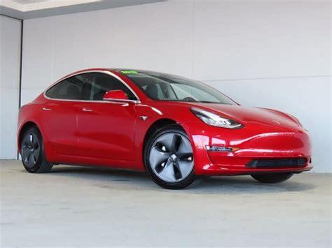 Get Tesla 3 Performance Awd Race Pics
