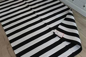 Teppich Schwarz Weiß : teppich schwarz wei gestreift streifen 140x200 von ~ A.2002-acura-tl-radio.info Haus und Dekorationen