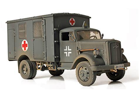 German 4x4 german 4x4 ambulance die cast model unimax 80076