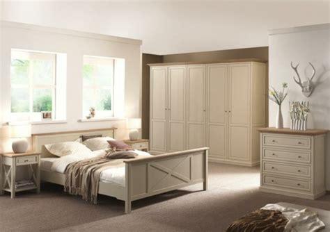 chambre beige et mauve chambre a coucher mauve et beige chaios com