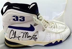 Alonzo Mourning Signed Charlotte Hornets GAME USED Nike ...