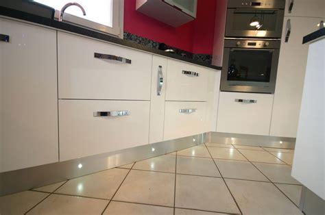 led pour meuble de cuisine éclairage led le charme de l 39 éclairage moderne pour sa