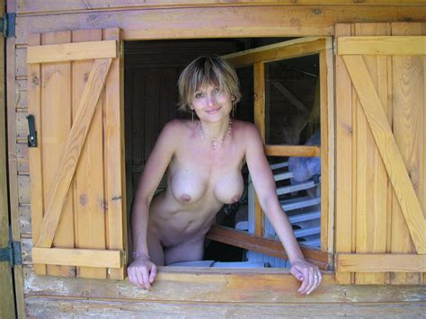 Sexy Milf In A Country House Russian Sexy Girls