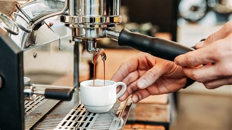 A double shot was derived from the italian term doppio, which simply means double in italian. Perfect for specialty coffee drinks like a single shot or ...