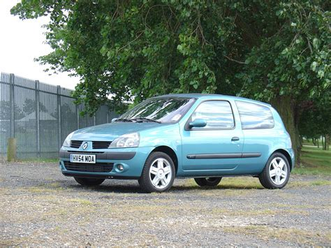 renault hatchback renault clio hatchback 2001 2008 photos parkers