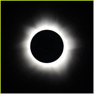 Solar Eclipse 2017: Make Your Own Eclipse Glasses with ...