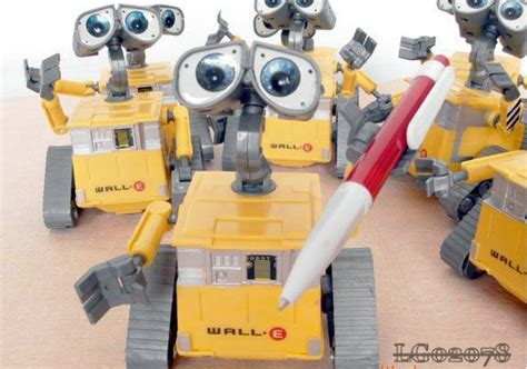 100pcs/lot Wall E Rc Robot Toy Car12cm Walle Wall.e Robot