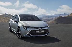Toyota Auris Break Hybride : toyota corolla le break hybride sera d voil au mondial de paris photos ~ Medecine-chirurgie-esthetiques.com Avis de Voitures