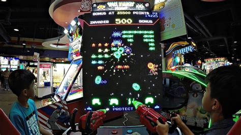Let's Play Space Invaders Frenzy 2017 New Arcade Game