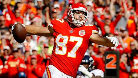 kelce  jimmy graham spike  td catch nfl