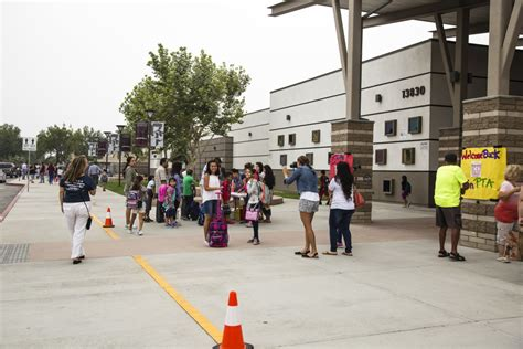 elementary schools eastvale start school year cnusd