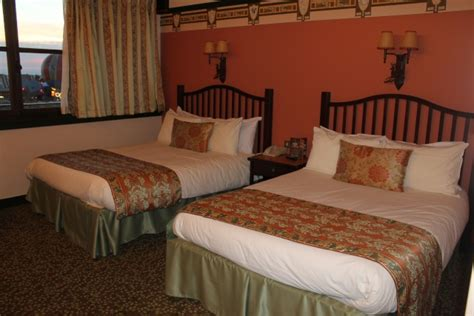 chambre sequoia lodge sequoia hôtel disney disney 39 s sequoia lodge infos