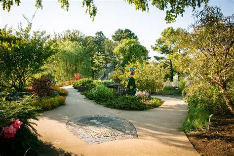 backyard gardens botanical garden   ozarks