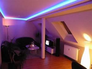 Led Beleuchtung Wohnzimmer : beleuchtung ~ Buech-reservation.com Haus und Dekorationen