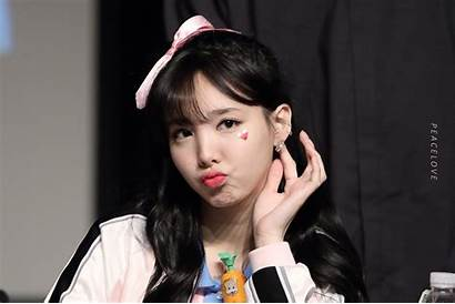 Nayeon Im Twice Wallpapers Asiachan Pop Cave