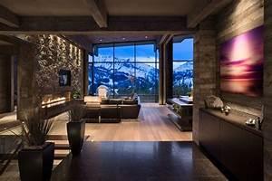 Moderne Wohnzimmer Farben : moderne wohnzimmer in dunklen farben und steinwand ~ Michelbontemps.com Haus und Dekorationen