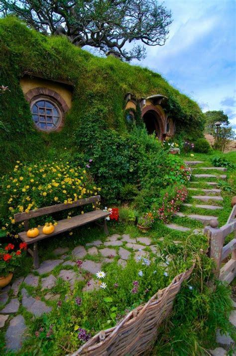 maison du monde evreux la maison de hobbit maisons uniques inspir 233 es par le seigneur des anneaux