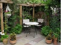excellent patio garden design ideas small gardens 14 AMAZING DIY TEAPOT PLANTERS   Terasa / prozor   Small backyard gardens, Small garden ...