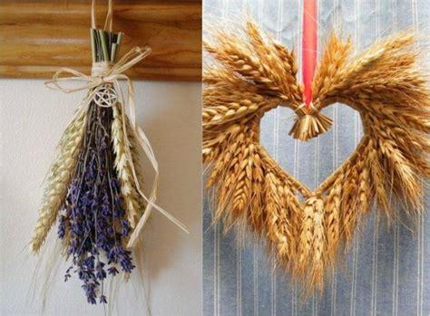 herbstliche deko ideen weizen lavendel buendell herz form