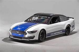 Ford Mustang to Race in Next Year's NASCAR Top Series | Mirror Review