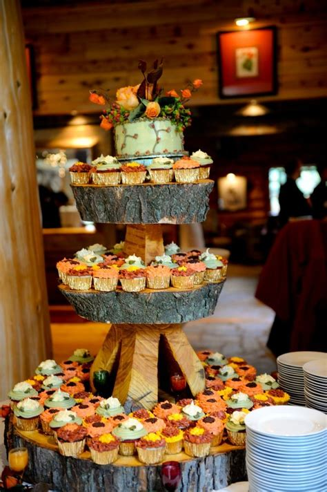 Fall Wedding Cakes Ideas October Wedding Food Inspiration