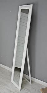 Spiegel Weiß Holzrahmen : spiegel 180 wandspiegel standspiegel wei holz landhaus holzrahmen badspiegel ebay ~ Indierocktalk.com Haus und Dekorationen