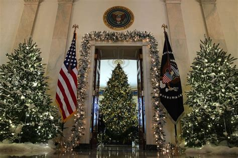 christmas tree decorators for hire los angeles white house decorations the best reactions so