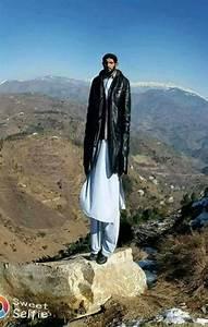 [SPAM] Tallest Man on Earth | Anwar Sadiq 10ft 9in ...