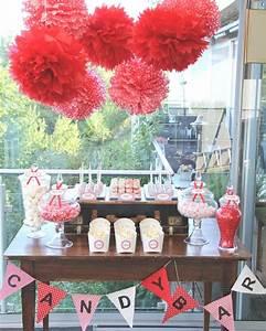 Deko 50er Party : pompons f r candy bar candy buffet sweet table im 50er jahre look mit viel rot weiss details ~ Sanjose-hotels-ca.com Haus und Dekorationen