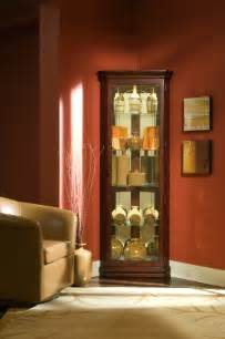 pulaski cherry corner curio cabinet 20205