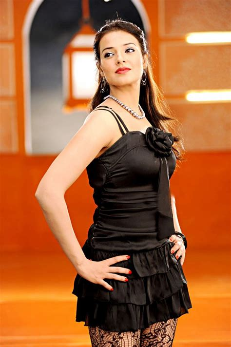 saloni aswani   Little black dress, Indian actresses ...