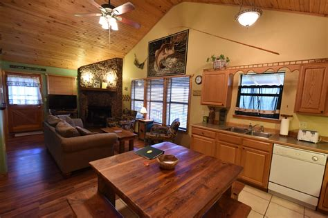 Maybe you would like to learn more about one of these? Eureka Springs Cabins on Beaver Lake | Can-U-Canoe ...