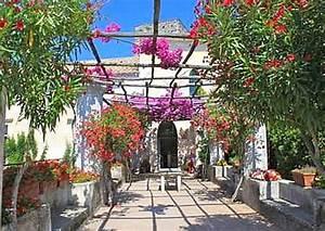 Garten Mediterran Gestalten Bilder : mediterranen garten gestalten tipps regeln ~ Whattoseeinmadrid.com Haus und Dekorationen