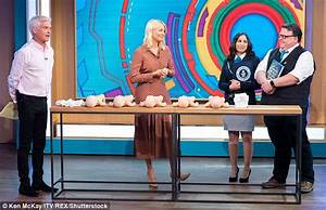 Holly Willoughby fails ANOTHER Guinness World Record ...