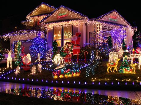 christmas led light show buyers 39 guide for outdoor christmas lighting christmas