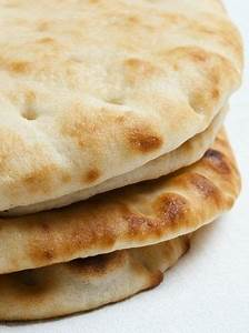Naan Sans Gluten : flat bread recipe best ever my gluten free life will never be the same use gf bread ~ Melissatoandfro.com Idées de Décoration
