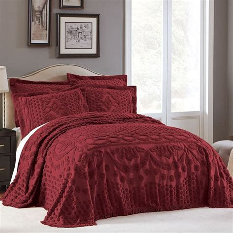burgundy bedspread burgundy bedspreads and burgundy comforter sets at luxcomfybedding